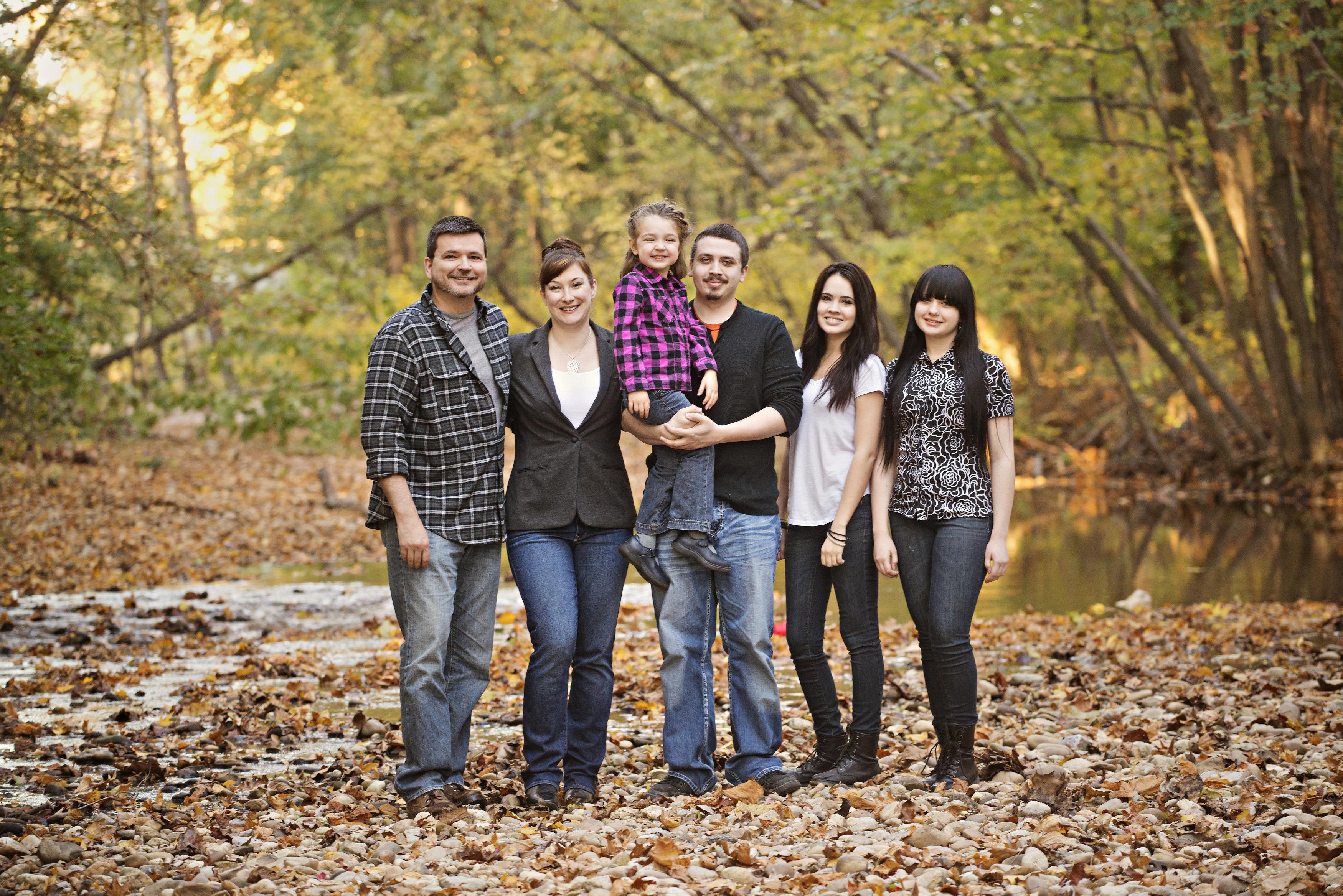 Jenny Phillipswith her husband Jeff and their four kids:Addie,Shane, AshlandandJuliet.
