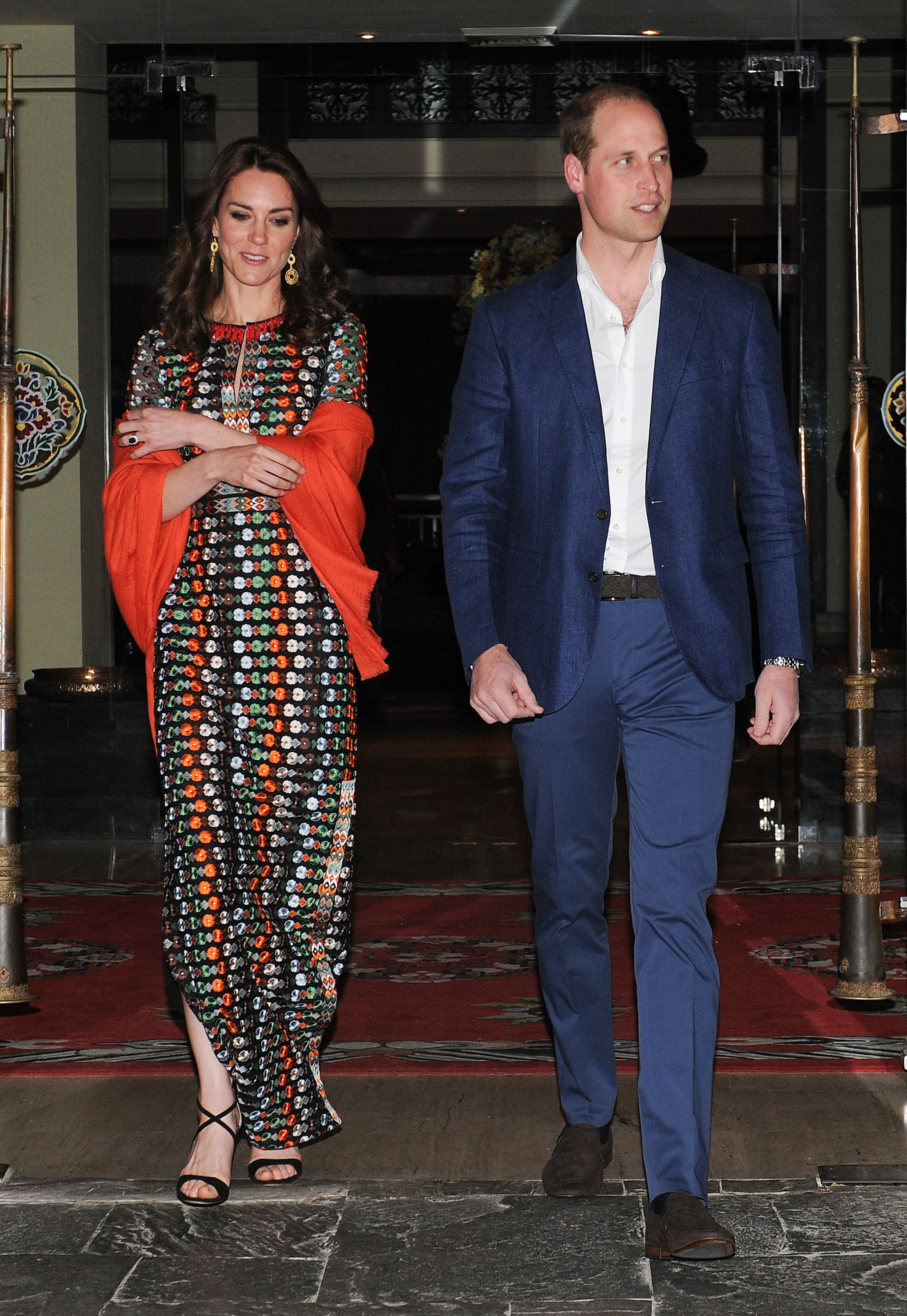 THIMPHU, BHUTAN - APRIL 14:  Prince William, Duke of Cambridge and Catherine, Duchess of Cambridge attends a private dinner with the King and Queen of Bhutan on April 14, 2016 in Thimphu, Bhutan.  (Photo by Samir Hussein/Poo/WireImage)