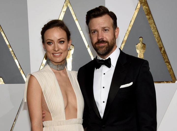 Actress Olivia Wilde (L) and actor Jason Sudeikis attend the 88th Annual Academy Awards on Feb. 28, 2016 in Hollywood, Califo