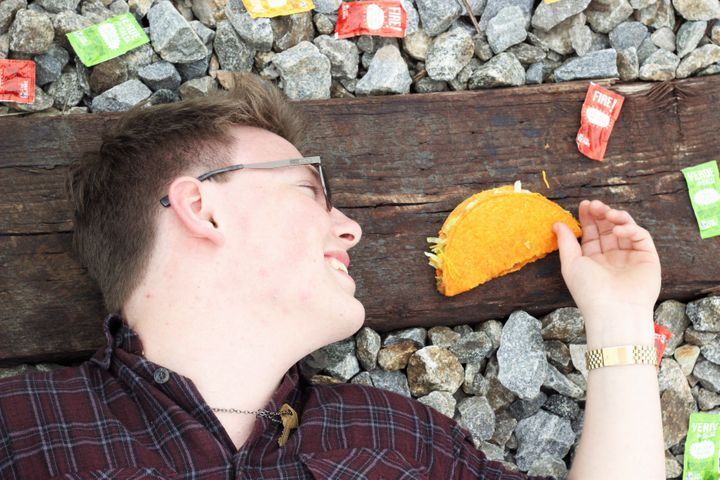 Smith gazing at a taco is how everyone wants their significant other to look at them.