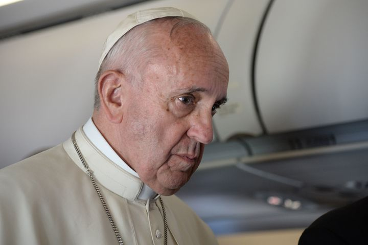Pope Francis discussed the brief meeting with the presidential hopeful aboard areturn flight from Greece onApril