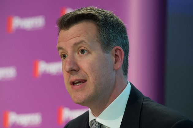 Chris Lesley claims Labour should be 'absolutely steaming ahead' with a 15-point lead in the local elections...