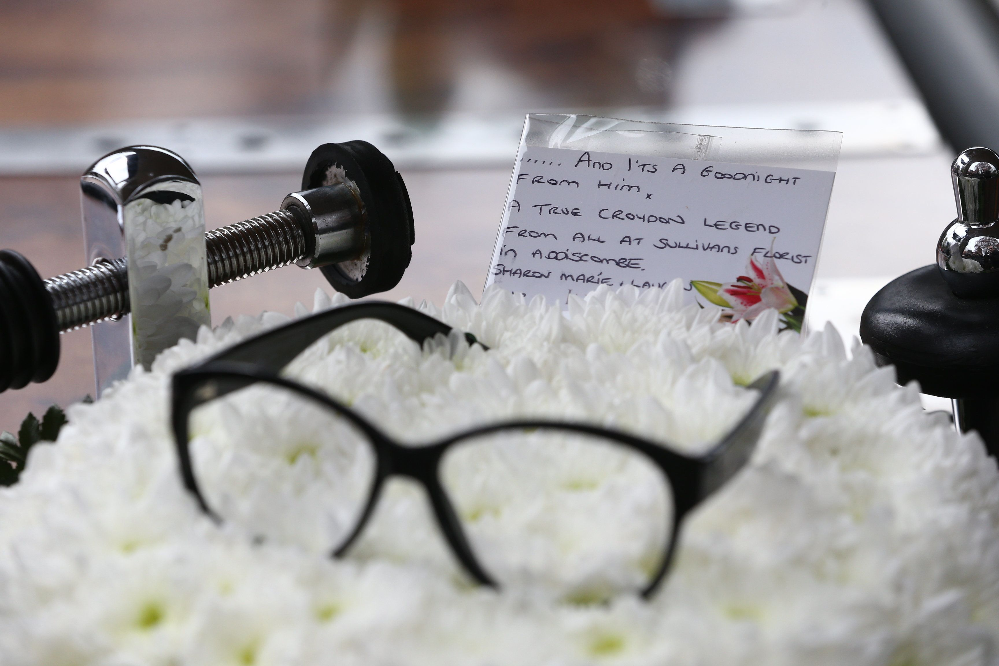 Showbiz Greats Turn Out To Pay Their Respects To Ronnie