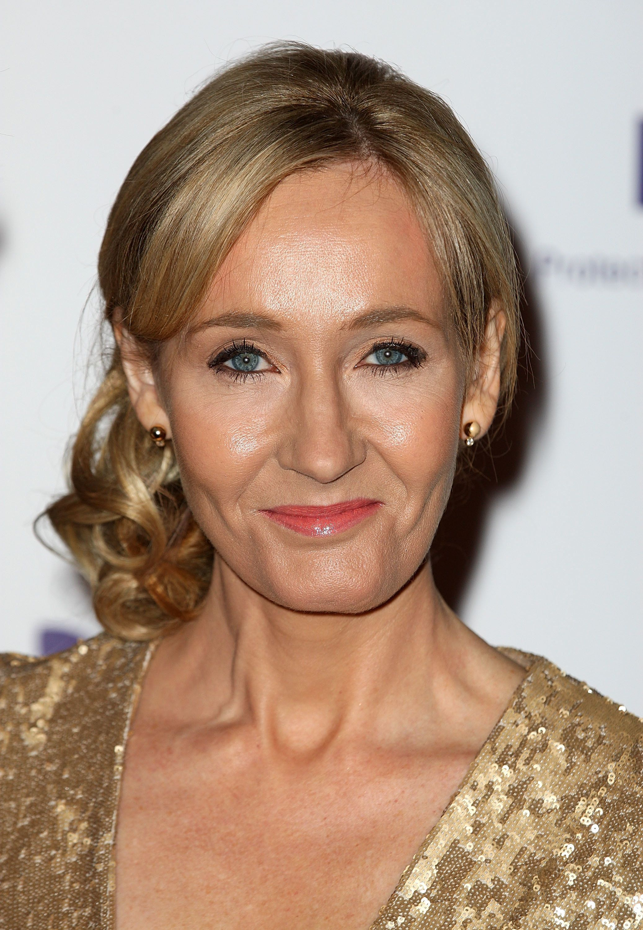 J.K. Rowling Dishes Out 'Harry Potter' Themed Parenting