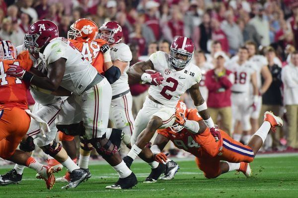 Alabama running backs are notoriously difficult to evaluate. On one hand, achieving success in the SEC is very commendable. O