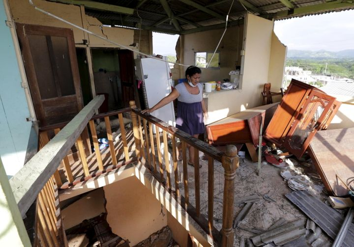 The earthquake that struck Ecuador over the weekend killed 480, left over 100 missing and left20,000 sleeping in shelte