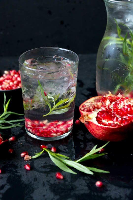"Get the <a href=""http://www.scalingbackblog.com/pomegranate-tarragon-detox-water/"" target=""_blank"">Pomegranate Tarragon Detox"