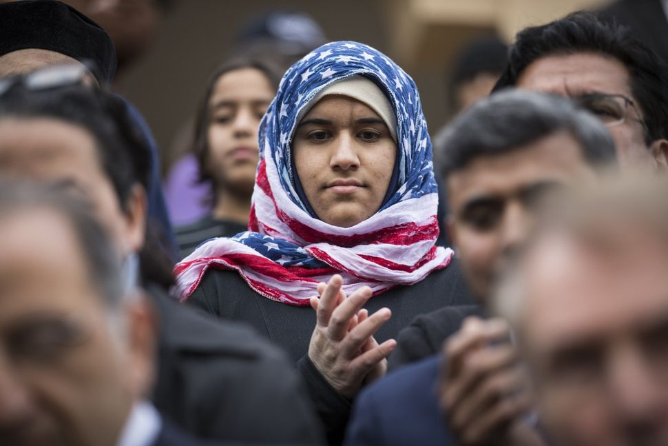 An American Muslim attends an event featuring Democratic presidential candidate Martin O'Malley.