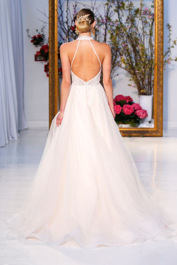 28 wedding dresses that are even more beautiful from the for No back wedding dress