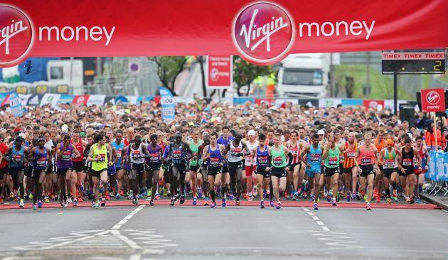 The start of the men's elite race in