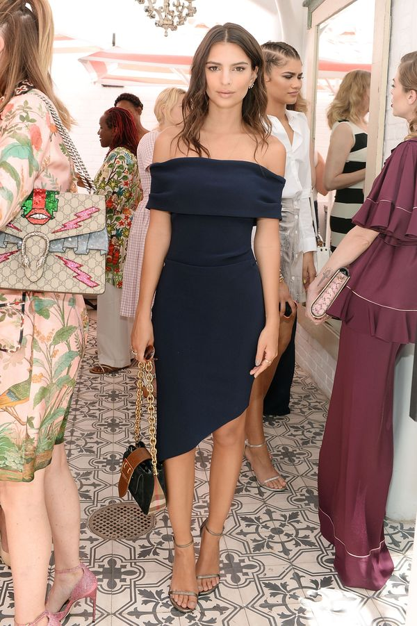 <strong>Emily Ratajkowskiin Bec & Bridge: </strong>In case you were wondering, the off-the-shoulder trend is here t
