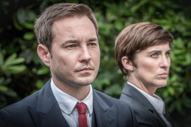 Steve Arnott and Kate Fleming (Martin Compson and Vicky McClure) are suddenly on opposing sides as we...