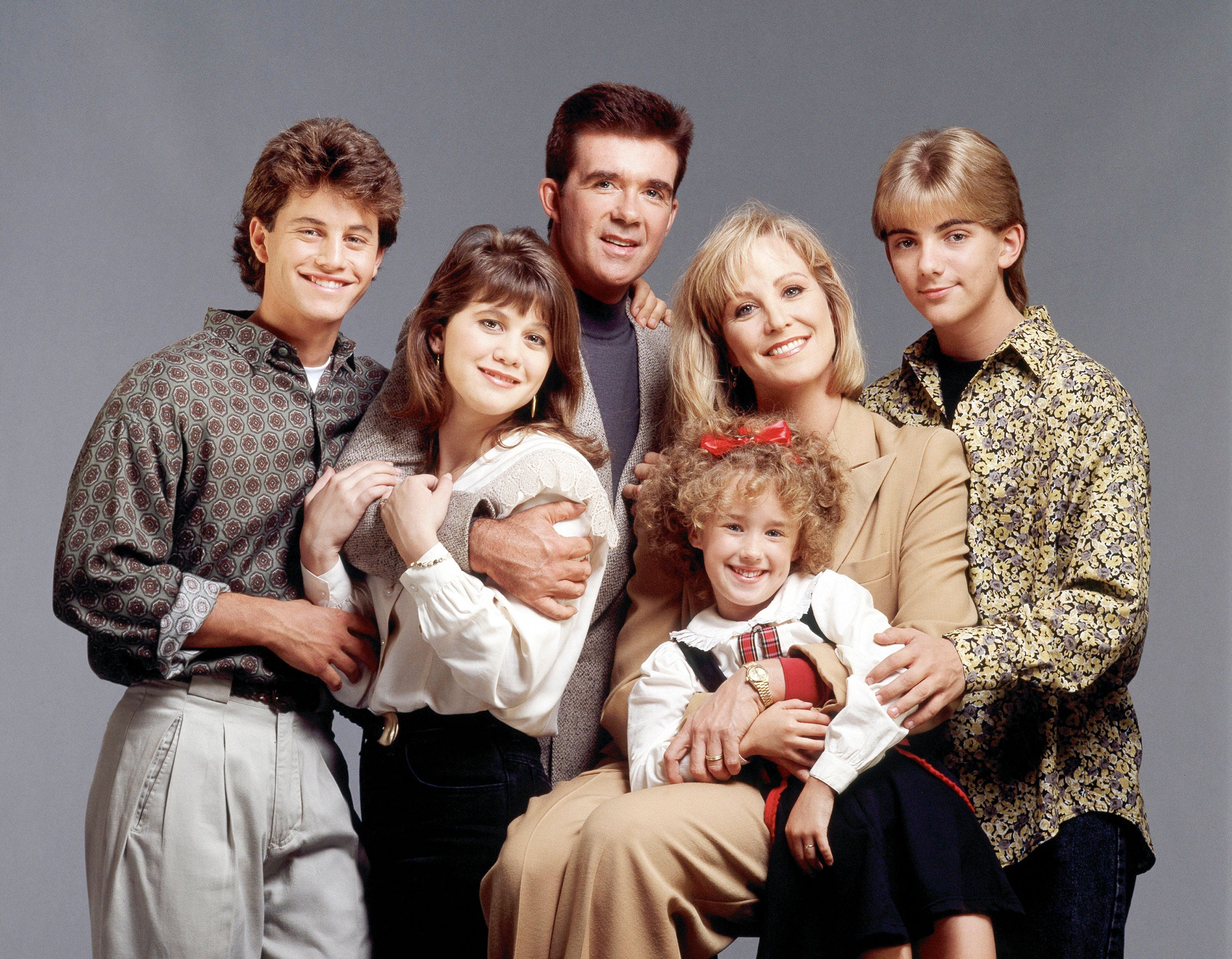 UNITED STATES - CIRCA 1990:  GROWING PAINS - cast gallery - Season Five - 1/1/90, Kirk Cameron (Mike), Tracey Gold (Carol), Alan Thicke (Jason), Ashley Johnson (Chrissy), Joanna Kerns (Maggie), Jeremy Miller (Ben),  (Photo by ABC Photo Archives/ABC via Getty Images)