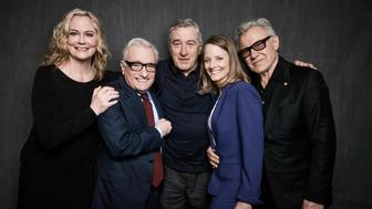 NEW YORK, NY - APRIL 21: (EXCLUSIVE) (L-R) Cybill Shepherd, Martin Scorsese, Robert De Niro, Jodie Foster and Harvey Keitel pose at the 'Taxi Driver' 40th anniversary screening cast portrait during the 2016 Tribeca Film Festival at Beacon Theatre on April 21, 2016 in New York City.  (Photo by Larry Busacca/Getty Images for Tribeca Film Festival)