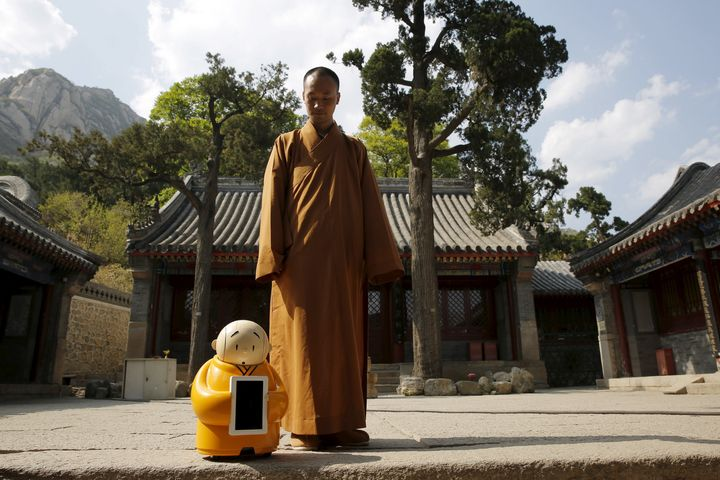 Master Xianfan, Xian'er's creator, said the robot monk was the perfect vessel for spreading the wisdom of Buddhis