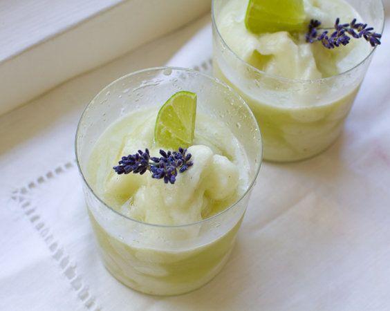 """<strong>Get the <a href=""""http://kblog.lunchboxbunch.com/2012/06/lavender-lemonade-honeydew-frosty.html"""" target=""""_hplink"""">Lave"""