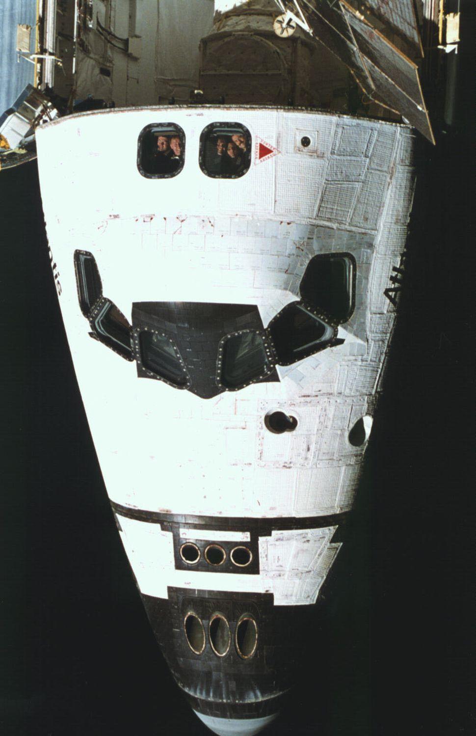 astronaut in orbit 1972 - photo #46