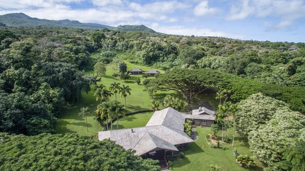 """Ala Kukui means """"Path of Enlightenment"""" in native Hawaiian. This Maui County retreat space <a href=""""http://www.alakukui.org/a"""