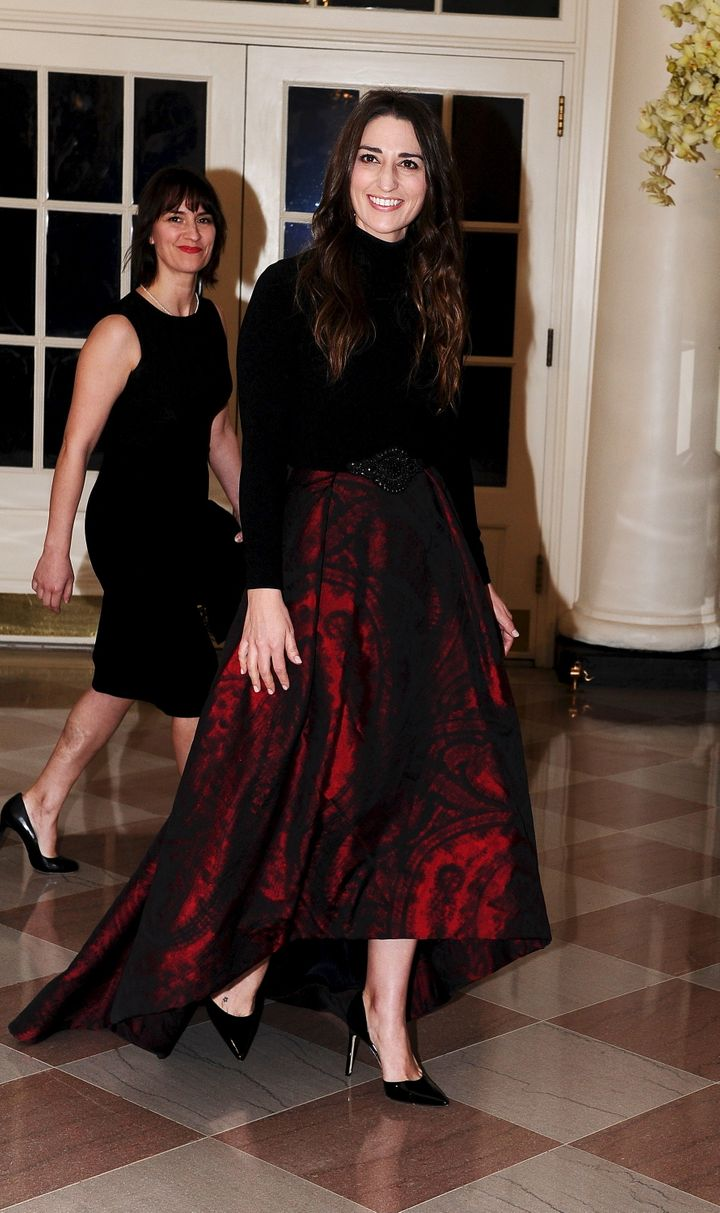 Singer Sara Bareilles (R) arrives with Jennifer Bareilles for a state dinner held in honor of Canadian Prime Minister Justin