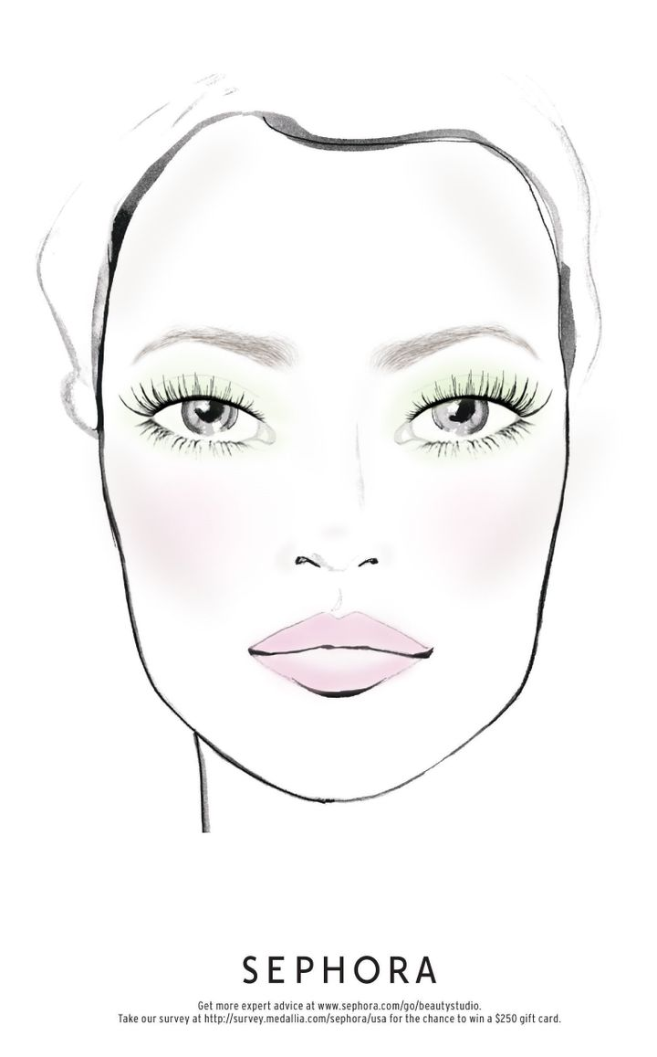 Mint green eyeshadow paired with a muted pink lip gloss is springtime fine.
