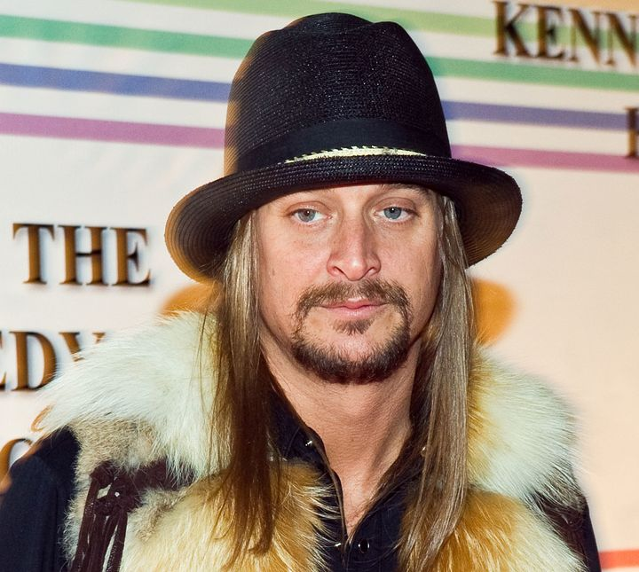 Kid Rock on thered carpet at the 33rd Annual Kennedy Center Honors inDecember 2010.