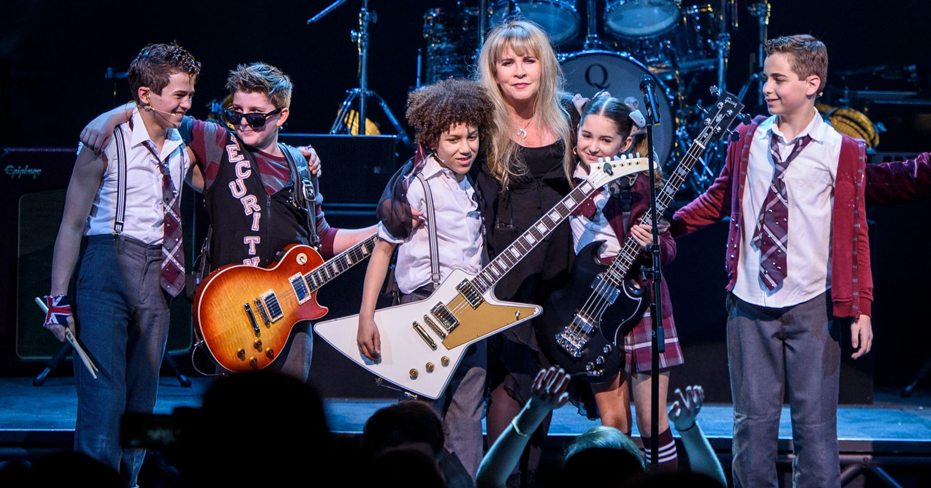 2c9c4bac Stevie Nicks Shuts Down 'School Of Rock' With Surprise 'Rhiannon'  Performance | HuffPost