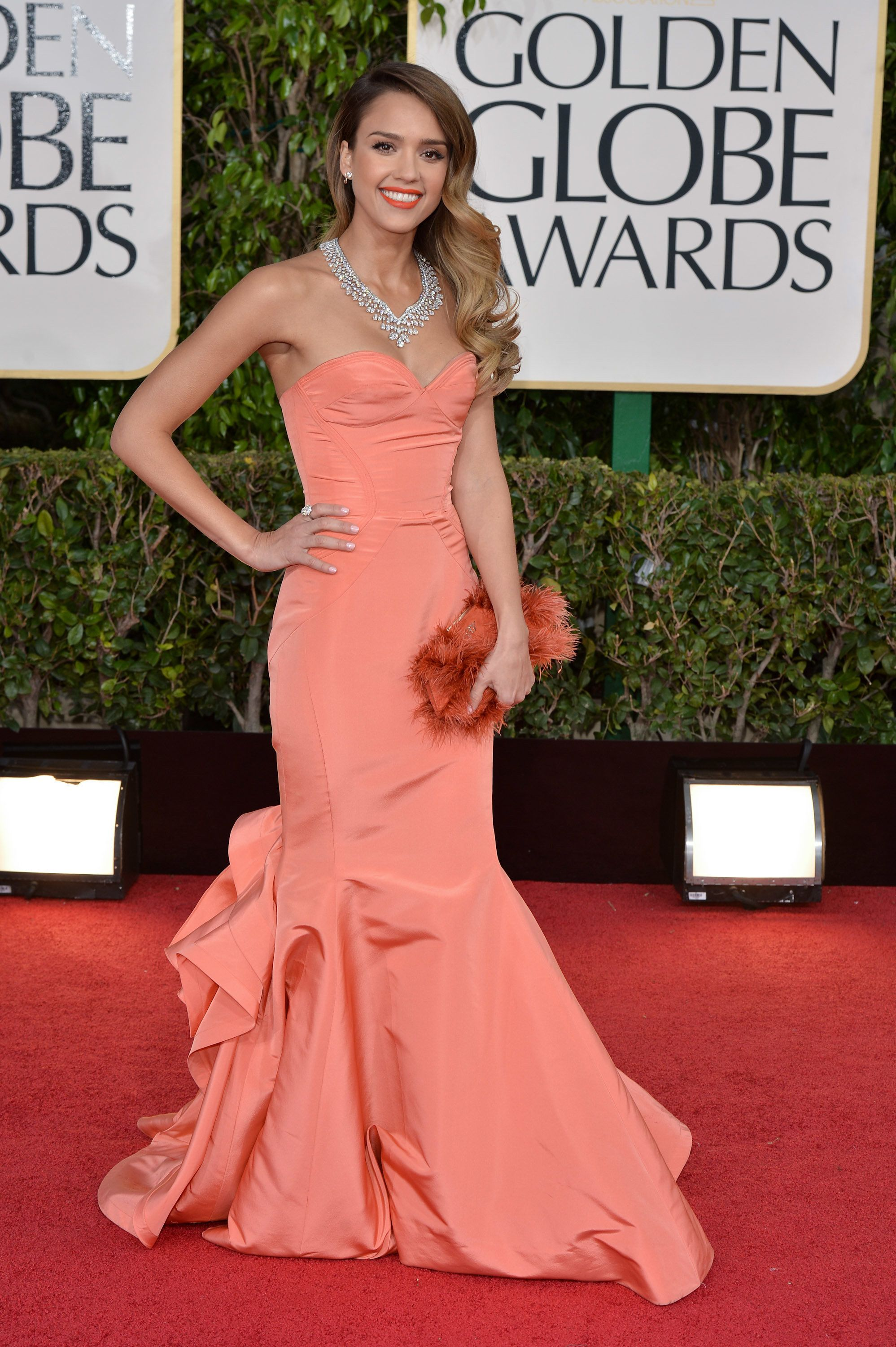 BEVERLY HILLS, CALIFORNIA - JANUARY 13:  Actress Jessica Alba arrives at the 70th Annual Golden Globe Awards held at The Beverly Hilton Hotel on January 13, 2013 in Beverly Hills, California.  (Photo by George Pimentel/WireImage)