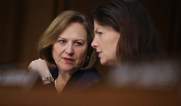 Sen. Deb Fischer (R-Neb.) can walkvery fastwhen she doesn't want to answer a question about Donald Trump.