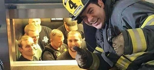 Firefighters Are Happy To Rescue 12 Police Officers Stuck Inside Elevator