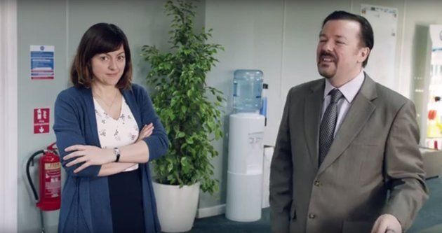 Ricky Gervais Proves He's the King Of Improvised Acting On 'Late Night With Seth