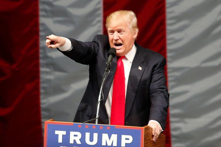 Republican U.S. presidential candidate Donald Trump speaks at a campaign rally in Costa Mesa, California, U.S., April 28, 201