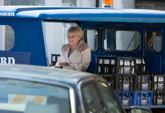 'EastEnders' Spoiler: Peggy Mitchell's Back! Barbara Windsor's Arrival In Walford Revealed In New
