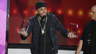 PREMIOS BILLBOARD DE LA M��SICA LATINA 2016 -- Pictured: Nicky Jam accepts an award on stage during the 2016 Billboard Latin Music Awards at the BankUnited Center in Miami, Florida on April 28, 2016 -- (Photo by: John Parra/Telemundo/NBCU Photo Bank via Getty Images)