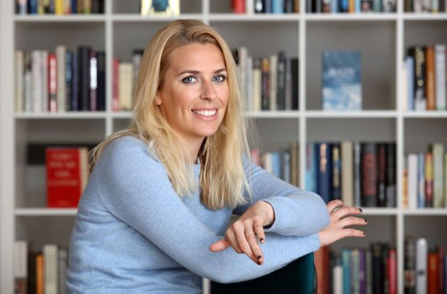 Sara Pascoe Says Being 'Wiser Consumers' Will Beat Media Sexism And Kim Kardashian Is The Wrong