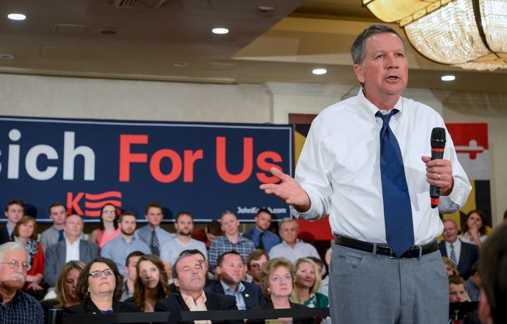 A questioner challenged Ohio Gov. John Kasich (R) on his party's stance on gay rights during a town hall in San Francisco.&nb