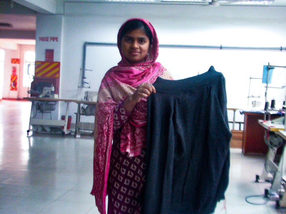 "Asma Begum, 22, is an operator at Earl Fashion Limited. She is interested in <a href=""http://www.unesco.org/culture/ich/en/tr"