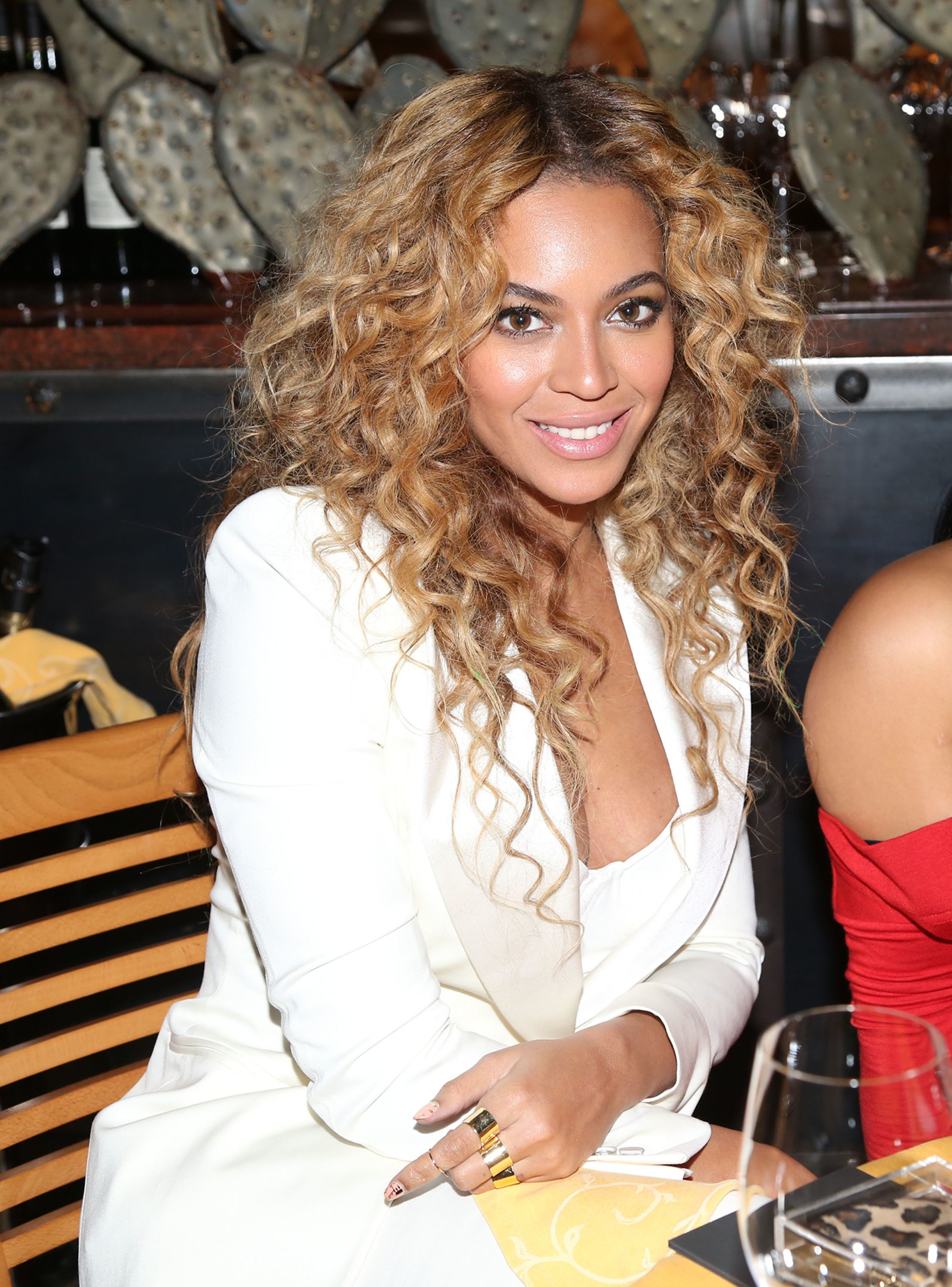 HOUSTON, TX - FEBRUARY 16:  Beyonce attends The Two Kings Dinner presented by Sprite at RDG + Bar Annie on February 16, 2013 in Houston, Texas.  (Photo by Johnny Nunez/WireImage)