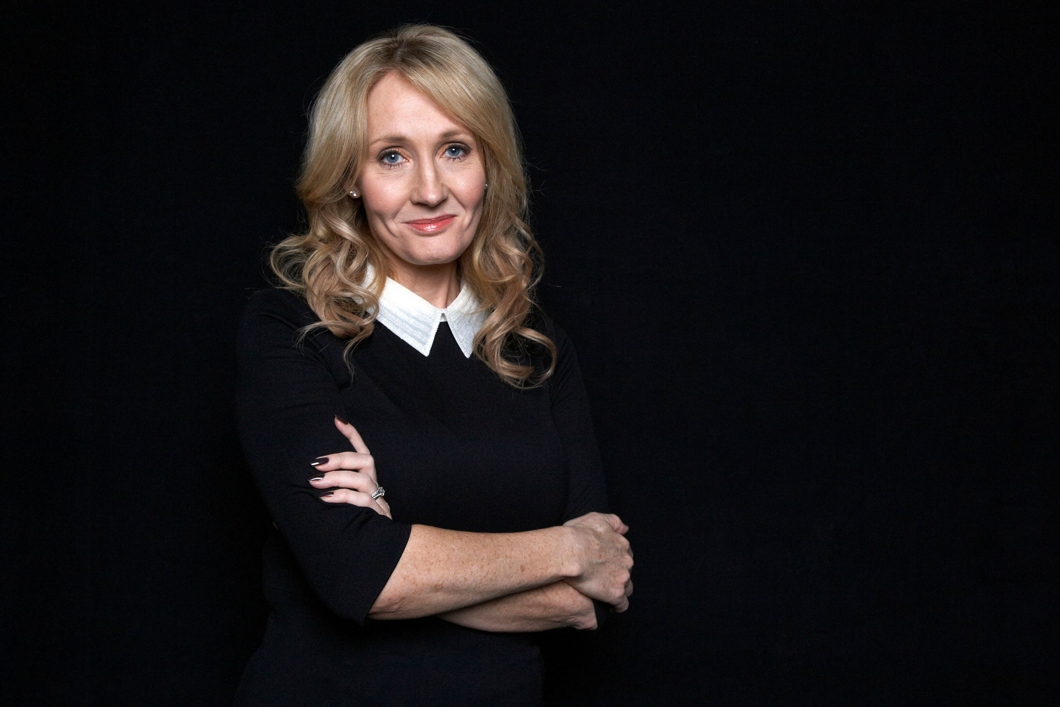 JK Rowling Apologises For Character's Death On Battle Of Hogwarts