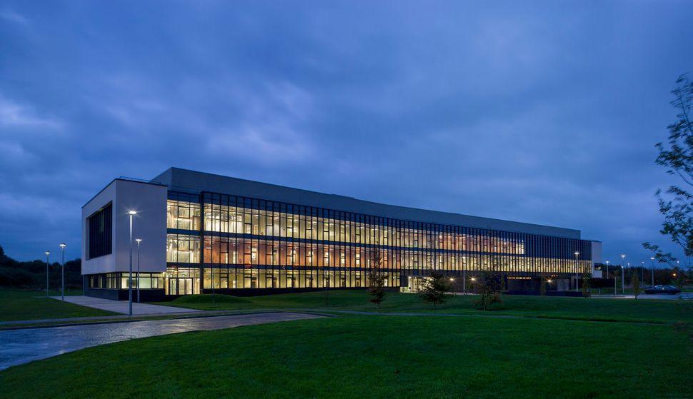 10 most famous architecture buildings. Biosciences Research Building (Galway, Ireland) 10 Most Famous Architecture Buildings G