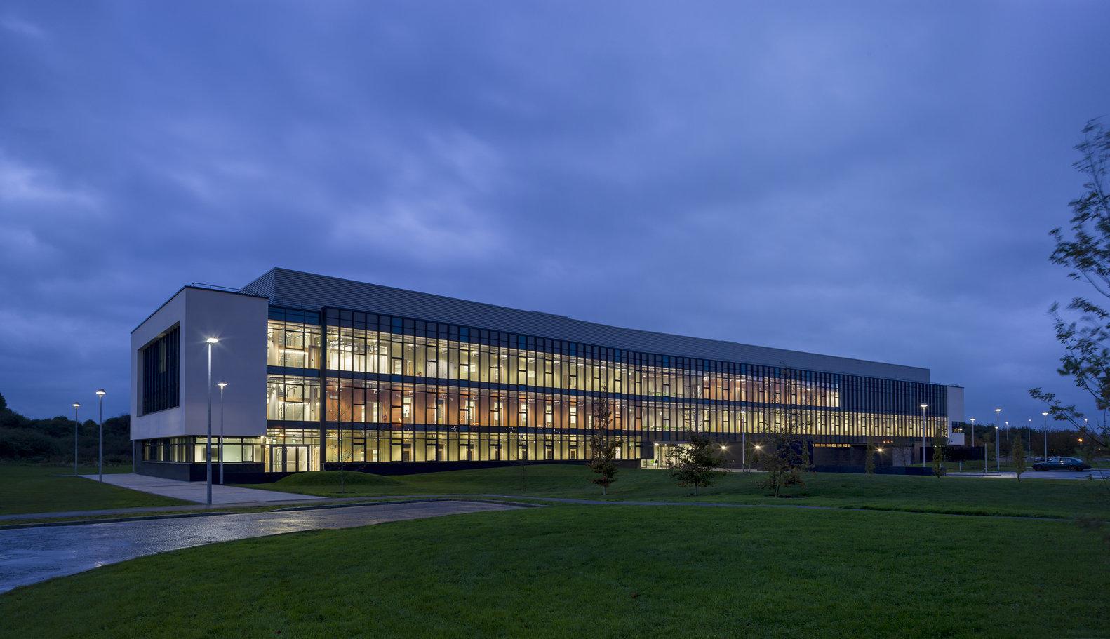 1. Biosciences Research Building (Galway, Ireland)