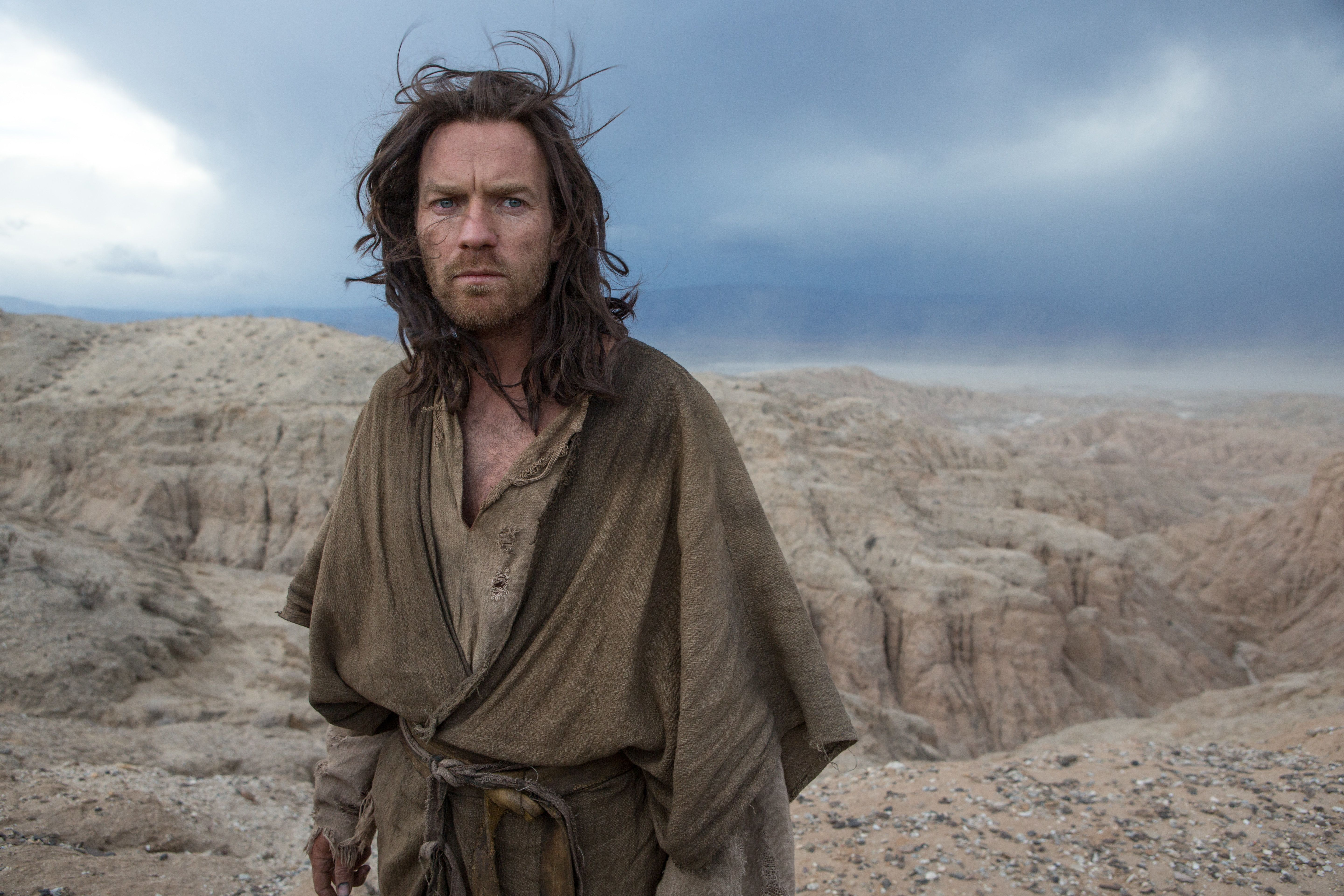 LDD_03227 Ewan McGregor stars as 'Jesus' in the imagined chapter of Jesus' forty days of fasting and praying, LAST DAYS IN THE DESERT, a Broad Green Pictures release.Credit: Gilles Mingasson / Broad Green Pictures