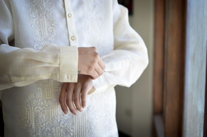 A traditional Barong Tagalog is made of up pineapple leaf fibers that are woven intodeliciously intricate designs.
