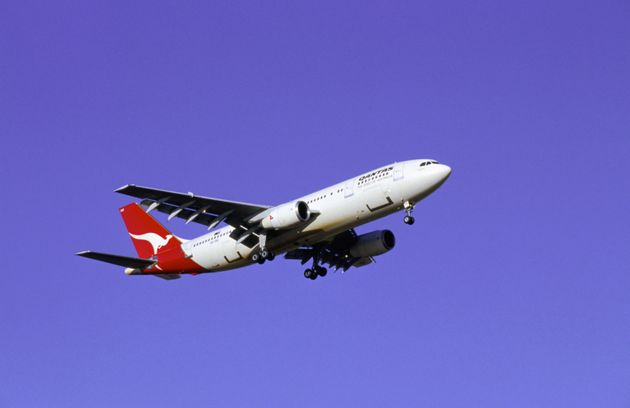 Qantas Flight Grounded After Passenger Names WiFi Hotspot 'Mobile Detonation