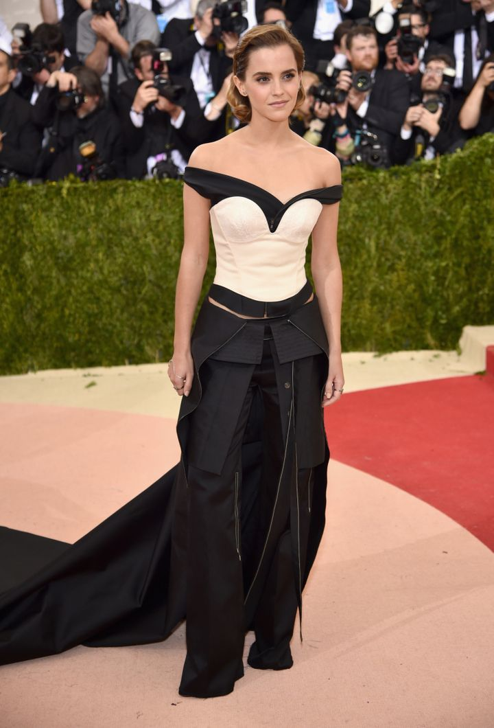Emma Watson\'s Met Gala Dress Was Made Of Recycled Plastic Bottles ...