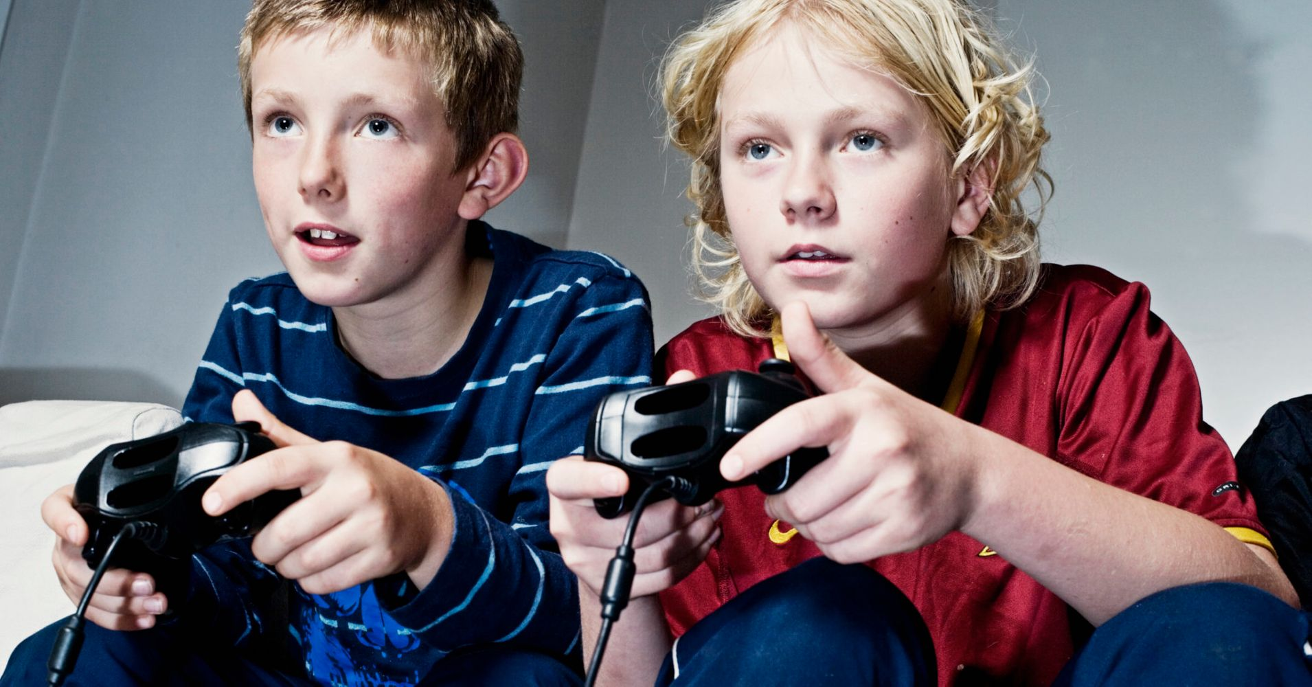 effects of video games on teens Is your teen addicted to video games learn about the negative potential of video games and help prevent your the effects of violent video game habits on.