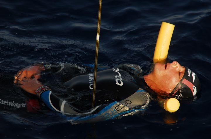 Trubrdige preparing for a 2015 dive.