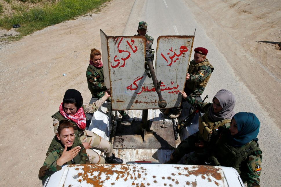 The women say they are takingrevenge for the women raped, beaten and executed by the jihadist militants.