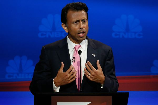 "Despite once calling Trump a <a href=""http://www.washingtontimes.com/news/2015/sep/10/bobby-jindal-slams-trump-narcissist-ego"