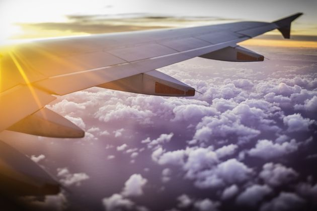 5 Expert-Backed Tips For Fighting Flight Anxiety
