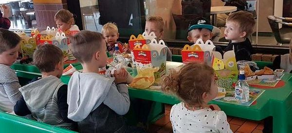 Boy's Friends Didn't Turn Up To Birthday Party, Strangers Rally To Help